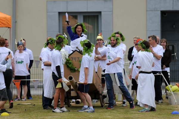 Flat Out Chariot Racing team preparing for the race