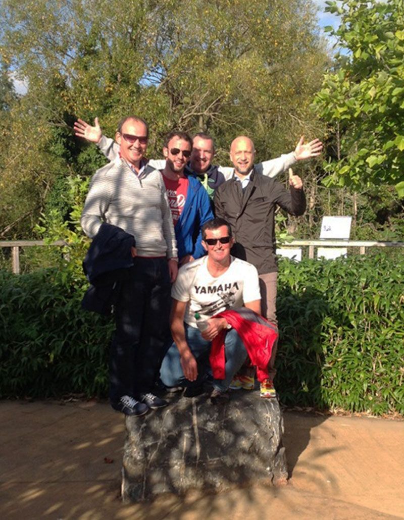 Group photo in Dublin Zoo during Go Team