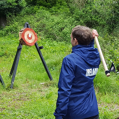 FT-Axe-throwing-team-event