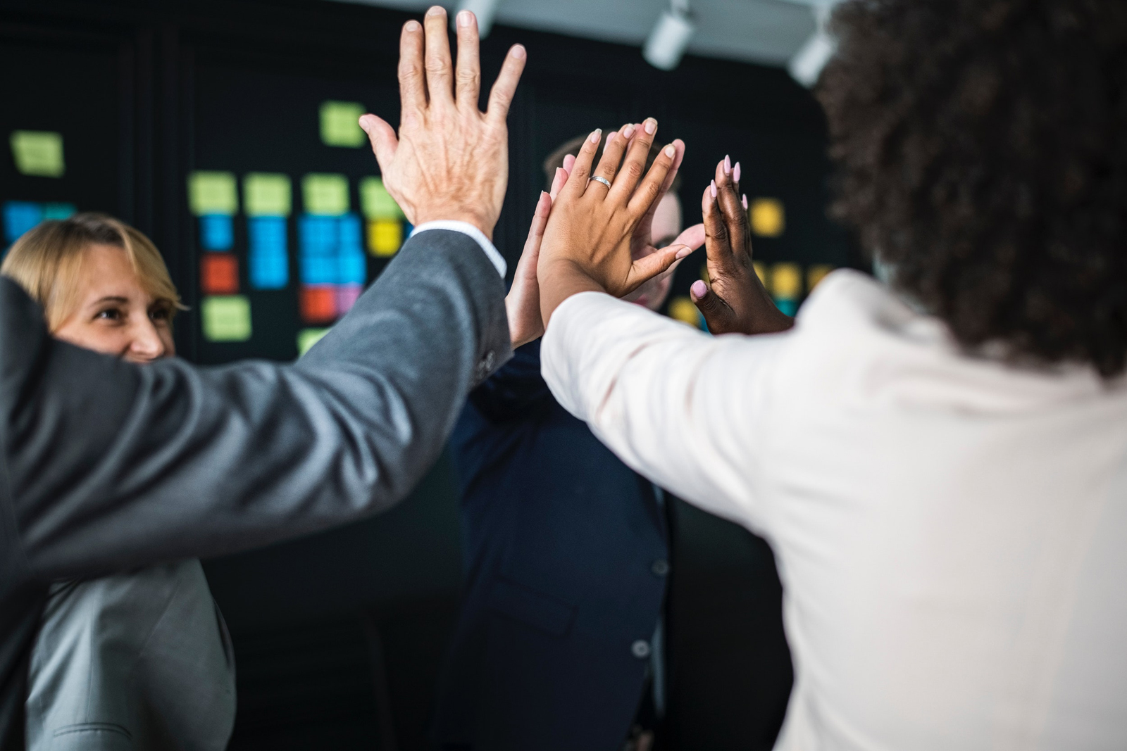 How to Create a Strong Company Culture