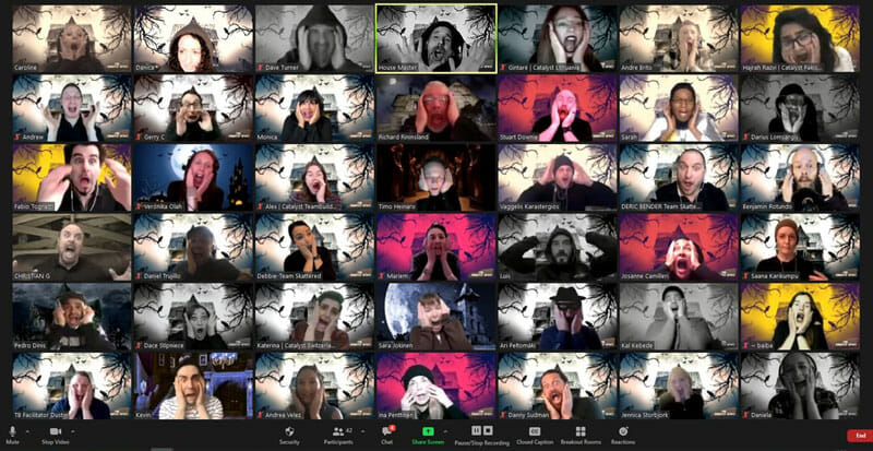A lot of Participants during haunted house experience on zoom